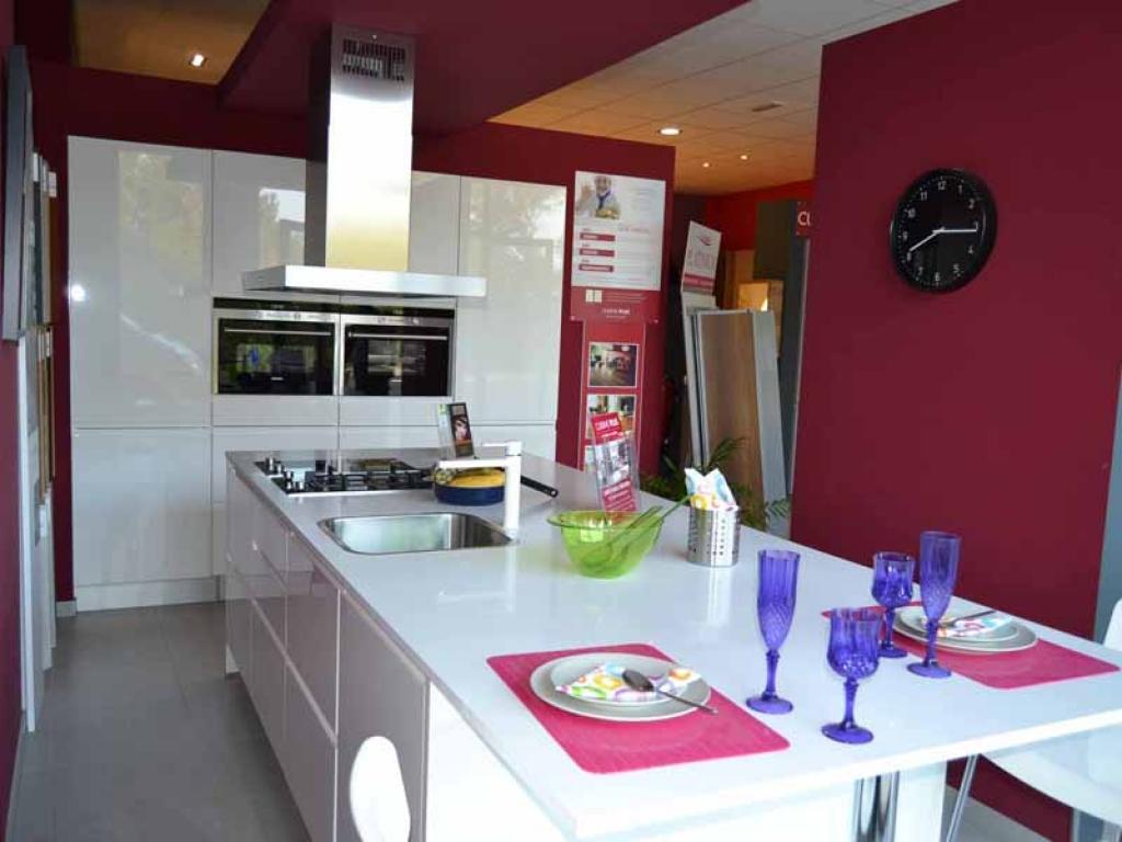 Kuchen group muebles de cocina en porreres mallorca for Muebles de cocina kuchen